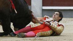Tarde dramática en Las Ventas con los tres matadores corneados