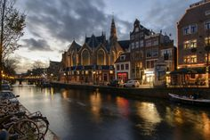 Oude Kerk by Angel  Flores on 500px