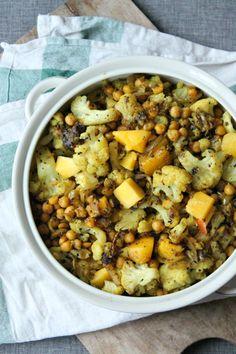 Bloemkoolsalade met kikkererwten en mango // bloemkoolsalade Ottolenghi