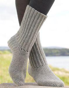 "Most up-to-date Absolutely Free ribbed Crochet socks Concepts Comfort Rib – Gehäkelte DROPS SOCKEN aus ""Alaska"". Größe 35 – – Gratis oppskrift b Crochet Diy, Ribbed Crochet, Crochet Simple, Crochet Boots, Love Crochet, Crochet Crafts, Crochet Clothes, Crotchet Socks, Knitted Slippers"
