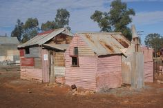 While my main interest is in opal and the opal towns, I still can't resist visiting some of the old gold mining towns as they share a similar kind of. Derelict Buildings, Ghost Tour, Australian Homes, Western Australia, Sheds, Road Trips, Farm House, Old Houses, Art Pictures