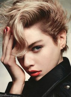 Stella Maxwell - Glamour Magazine - Your Hair Rocks Stella Maxwell, John Maxwell, Short Hair Cuts, Short Hair Styles, 3 4 Face, Pixie Crop, Glamour Magazine, Model Face, Looks Style