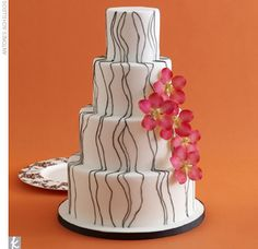 Cake with gray lines and flowers