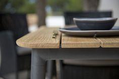 CORE DINING stół ogrodowy Cane-line.