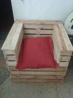 Original  Pallet Gift Chair  #livingroom #palletarmchair #palletchair #recyclingwoodpallets Friend Gift for Birthday. Long thought. What to give? Then began and made in one day. cashforpalletsmanchester.com