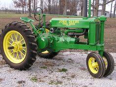 1938 John Deere G Jd Tractors, John Deere Tractors, Antique Tractors, Vintage Tractors, John Deere Equipment, Heavy Equipment, John Deere 6030, Tractor Pictures, Tractor Implements