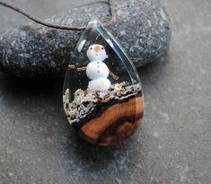 Snowman Necklace Resin Wood Necklace Drop Pendant Christmas