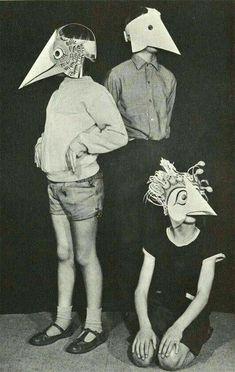 Bird Masks - creepy as hell. Arte Punch, Paper Face Mask, Face Masks, Bird Masks, Bizarre, Animal Masks, Arte Horror, Pics Art, Vintage Halloween
