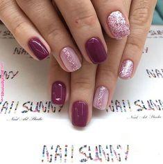 Pin by Ruby Garcia on Nails in 2019 Matte Nails, Red Nails, Hair And Nails, Acrylic Nails, Gorgeous Nails, Pretty Nails, Short Nails Art, Cute Nail Designs, Mani Pedi