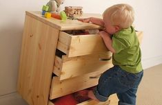 Be Safe Baby Proofers provide expert baby proofing & child safety consultation, product recommendations, & installation services for families in Los Angeles & surrounding areas. Home Safety Tips, Home Security Tips, Safety Rules, Baby Safety, Child Safety, Drawer Safe, Blue Matter, Great Little Trading, Childproofing