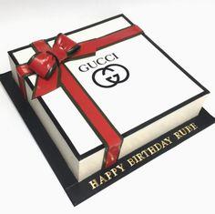 audi birthday cake ideas / audi birthday cake & audi birthday cakes for men & audi birthday cake cars & audi birthday cake party ideas & audi birthday cake ideas & cake audi car birthday & happy birthday audi cake & audi cake ideas birthday parties Birthday Cakes For Men, Gift Box Birthday, Beautiful Birthday Cakes, Cake Birthday, 22nd Birthday, Happy Birthday, Birthday Parties, Gucci Cake, Chanel Cake