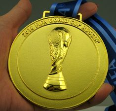 Russia 2018 FIFA World Cup Gold Medal with Ribbon in size Exact World Cup Russia 2018, World Cup 2018, Fifa World Cup, Champions, Antoine Griezmann, Neymar Jr, Football, Display, Soccer