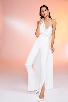 Cushnie Spring 2020 Ready-to-Wear Fashion Show Collection: See the complete Cushnie Spring 2020 Ready-to-Wear collection. Look 8 Fashion Week, Fashion 2020, New York Fashion, Runway Fashion, High Fashion, Fashion Outfits, Womens Fashion, Fashion Addict, Style Haute Couture
