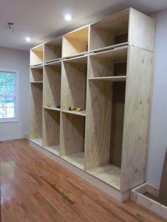 Easy and affordable diy wood closet shelves ideas 29 Bedroom Closet Design, Bedroom Wardrobe, Home Decor Bedroom, Build Your Own Wardrobe, Build A Closet, Wood Closet Shelves, Garderobe Design, Bois Diy, Closet Layout