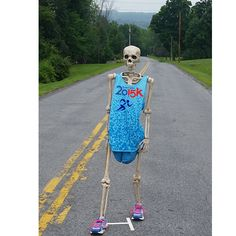 Out for my last run before the BOILERMAKER. Hope my crazybonez hold up on all the hills. But, I hear there is Saranac Beer at the post race party. That will only make me run faster. Good luck to all the runners! Halloween Skeleton Decorations, Halloween Skeletons, Race Party, Halloween Queen, How To Run Faster, Hallows Eve, Bob Marley, Holiday Parties, Runners