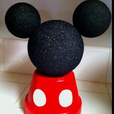 Mickey Mouse Center Piece. Use a red sand pail or flower pot and turn other way.