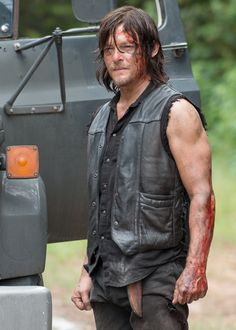 Norman Reedus as Daryl Dixon in The Walking Dead Seaon 6 Episode 9 | No Way Out