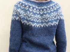 quand j'ai vu la version de cet Afmaëli chez Claire, j'ai totalement craqué! sauf que je n'avais pas du tout la même laine ni les mêmes... Punto Fair Isle, Sweater Cardigan, Men Sweater, Fair Isle Knitting Patterns, Icelandic Sweaters, Ravelry, Pulls, Knit Crochet, Couture