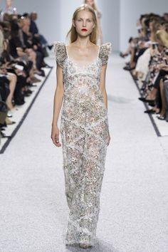 Giambattista Valli Spring 2017 Ready-to-Wear Fashion Show Collection