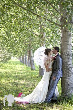 Edmonton wedding photographers. country wedding. wedding photography. bride and groom. wedding ideas