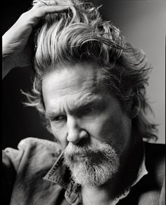 Jeff Bridges.  Zippertravel.com