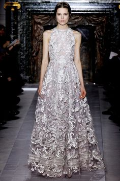 fashioninquality:    Valentino Couture Spring Summer 2013 | PFW