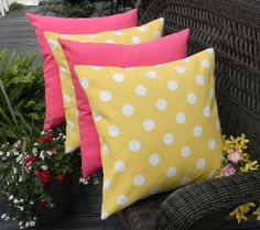 """Set of 4 Pillow Covers - 17"""" In/Outdoor Yellow White Polka Dot & Solid Hot Pink"""