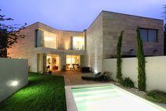LO2CR House, Porto, Portugal by ARQX Arquitectos.