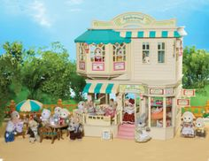 calico critters hotel | Applewood Department Store comes with the two grandparent figures ...