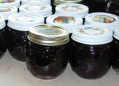 jars of homemade blackberry jelly - I am going to make some this summer!