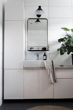 IKEA hack badrum Bathroom Hacks, Ikea Bathroom, Bathroom Spa, Diy Bathroom Decor, Budget Bathroom, Bathroom Organization, Bathroom Storage, Bathroom Interior, Small Bathroom