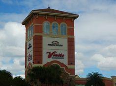 Conheça o Outlet Premium Orlando e confira 10 dicas para arrasar nas compras nas 2 unidades: International Premium Outlets e Vineland Premium Outlets