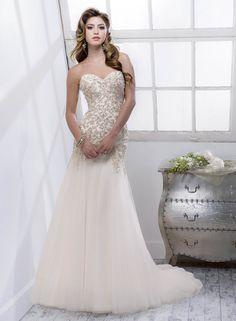 3b27d50db model QUINCY značka SOTTERO&MIDGLEY Tento kúzelný model svadobných šiat  nájdete od marca 2014 vo svadobnom salóne