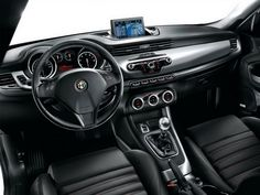 alfa romeo giulietta interior - Car HD Wallpaper