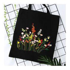 Easy DIY Pencil Practice Book zur Verbesserung der Feinmotorik - New Ideas Embroidery Bags, Hand Embroidery Patterns, Embroidery Designs, Embroidery Hoops, Embroidery Needles, Embroidery Jewelry, Floral Embroidery, Embroidery Sampler, Diy Broderie