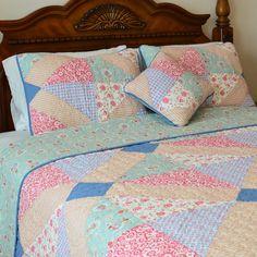 J&J Bedding Angie Patchwork Reversible Quilt-Decorative Pillow Big Block Quilts, Old Quilts, Easy Quilts, Scrappy Quilts, Quilt Blocks Easy, Star Quilts, Vintage Quilts, Baby Girl Quilts, Girls Quilts