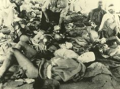 The damage of atomic bomb which Japanese Hiroshima received.   Peaple seeking assistance at a firstaid station. 1945.