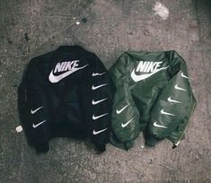 Wanelo gute Seite: Where to get it ////jacket were to get ? coat bomber jacket green black nike nikebomber nike jacket nikecoat blak white nike sportswear nike bomber jacket green nike jacket green bomber jacket