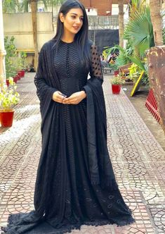 Top girls sara khan Fashion style look GUNJAN SAXENA: THE KARGIL GIRL TO RELEASE DIRECTLY ON NETFLIX  PHOTO GALLERY  | THEHINDU.COM  #EDUCRATSWEB 2020-06-09 thehindu.com https://www.thehindu.com/entertainment/movies/owu0i0/article31785365.ece/ALTERNATES/FREE_960/gunjan-2