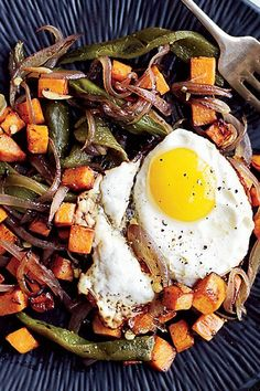 Using sweet potatoes in place of white potatoes makes these hash browns a little sweet; mixing them with poblanos and lemon juice makes the dish taste bright. #sidedishrecipes #sides #dinnersidedish #sidedishes #sidedishideas #potatoes #potatorecipes #potatosidedish Potato Hash Brown Recipe, Sweet Potato Hash Browns, Dinner Side Dishes, Potato Side Dishes, Side Dish Recipes, Wine Recipes, Fudge Cookie Recipe, Stuffed Squash Blossoms, Recipe Filing