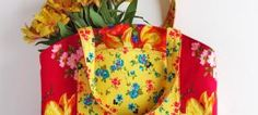 Pretty Floral Divided Tote Free Pattern & Tutorial - Thread Riding Hood - 1 of 2 Bag Patterns To Sew, Tote Pattern, Sewing Patterns Free, Free Sewing, Sewing Tutorials, Bag Tutorials, Handbag Patterns, Fabric Crafts, Sewing Crafts