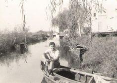 """""""Yo, en un albuferenc en un canal de El Palmar, Valencia, 1958"""""""