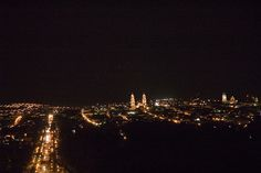 La catedral de #Morelia ocupa la parte más alta de la loma en donde se asienta la ciudad. Esta situación favorece a que se acentúe su verticalidad y permite que se destaque desde cualquier sitio de la ciudad.