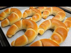 Házi vajas kifli /Crescent roll//TT/ - YouTube Croissant Bread, Baking Buns, Hungarian Recipes, Instant Yeast, Crescent Rolls, Bagel, Coffee Shop, Food To Make, Food And Drink