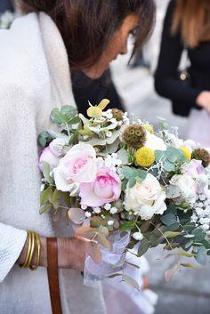 Bouquet mariage sauvage et poétique designed and made by Spica Paris Paris Photos, Table Decorations, Design, Wild Flowers, Bunch Of Flowers, Weddings, Dinner Table Decorations