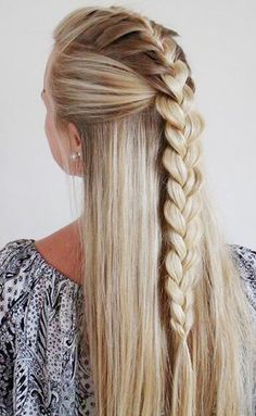 Here are the 100 best hair trends for the year In this gallery you will find hairstyles for all seasons. These hairstyles are ranging from the sleek to chic, easy to do to messy ones. No matter what you are wearing, for a women her hairstyle is t Pretty Hairstyles, Braided Hairstyles, Hairstyle Ideas, Short Hairstyles, Natural Hairstyles, Summer Hairstyles, French Plait Hairstyles, Perfect Hairstyle, Teenage Hairstyles