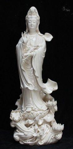 Chinese Dehua Porcelain Lianhua Kwan-yin Guanyin Ruyi Buddha Lotus Statue picclick.com