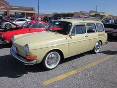 1971 Volkswagen Squareback by splattergraphics, via Flickr