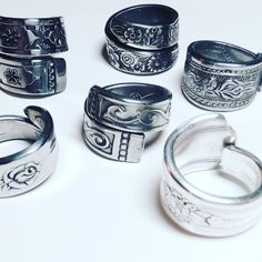 Durchstöbere einzigartige Artikel von SennaDesigns auf Etsy, einem weltweiten Marktplatz für handgefertigte, Vintage- und kreative Waren.