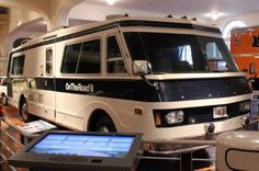 1975 FMC Motorcoach On The Road With Charles Kuralt